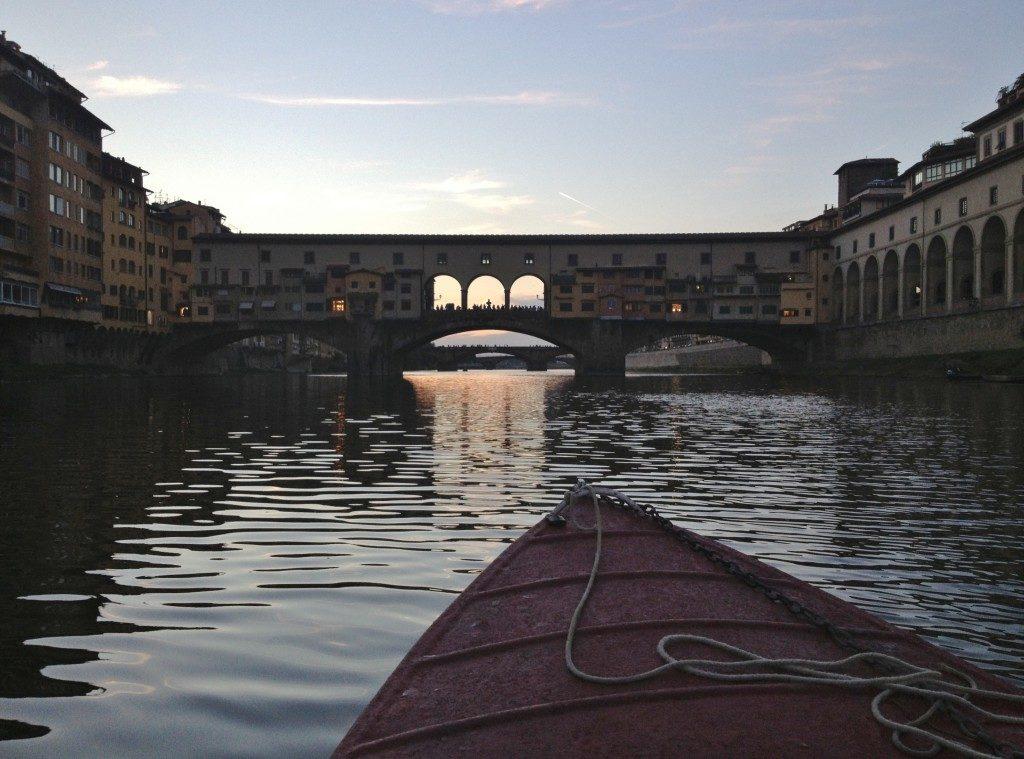 Inizia la navigazione verso Ponte Vecchio...