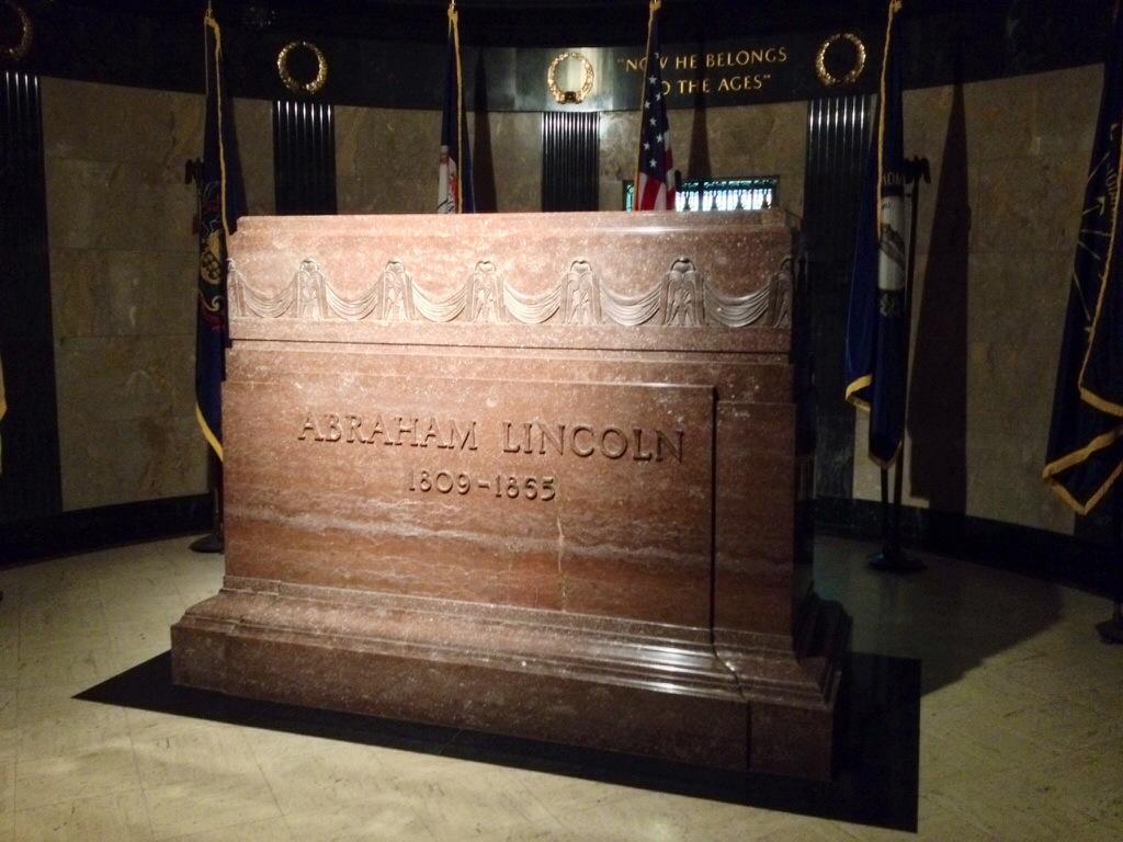 La tomba di Lincoln, all'Oak Ridge Cemetery