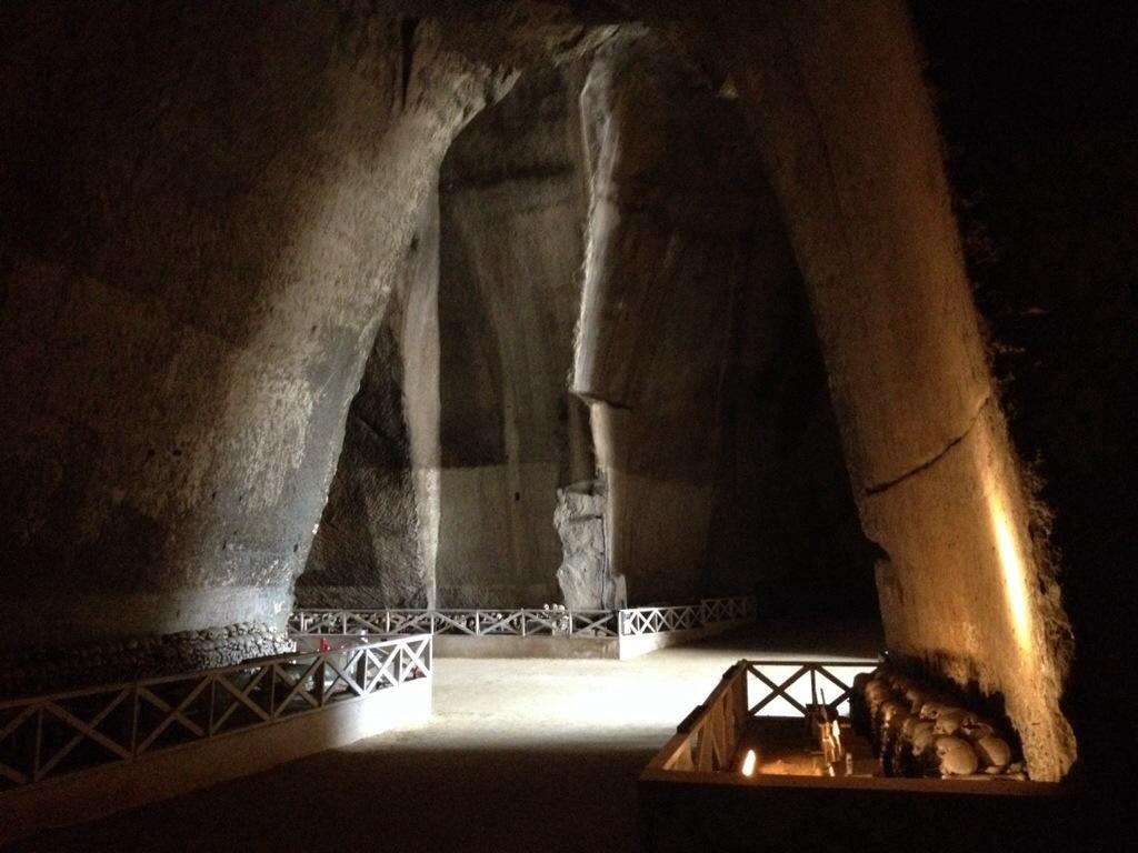 All'interno del Cimitero delle Fontanelle......