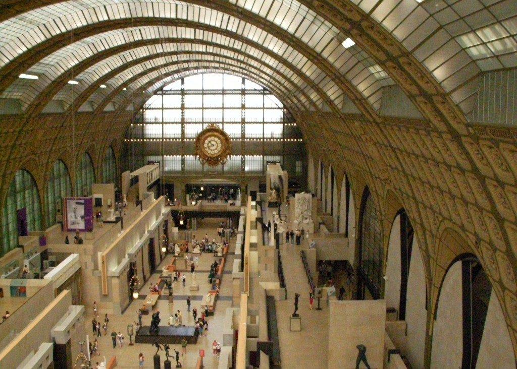 L'ingresso del Museo, la vecchia sala della Gare d'Orsay...