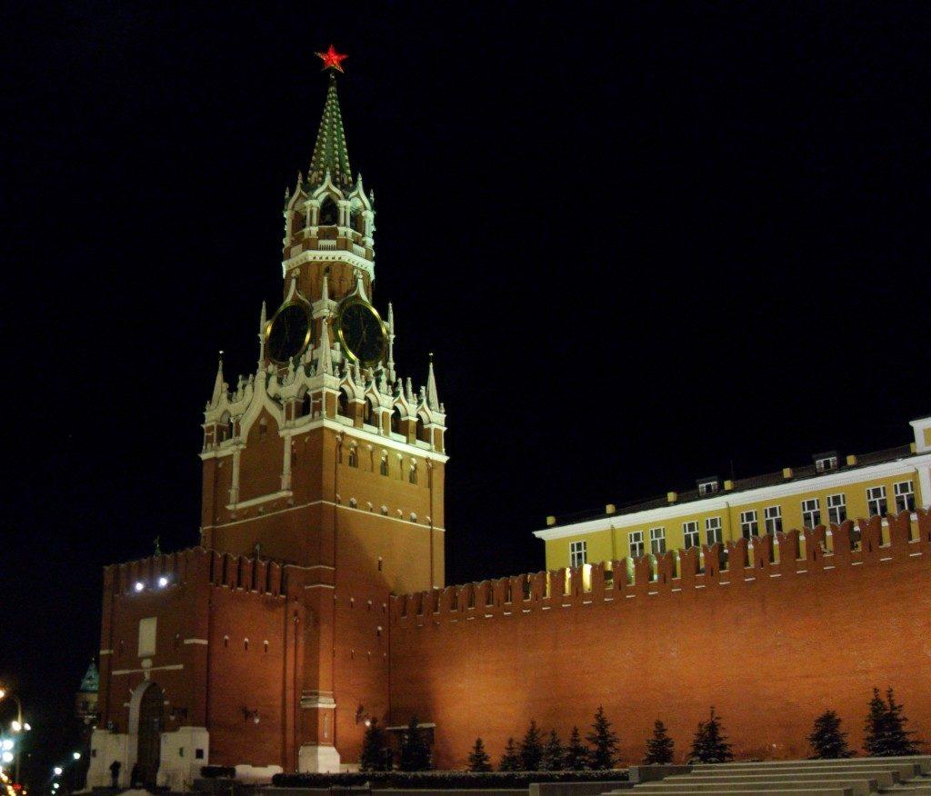 Il Cremlino di notte...