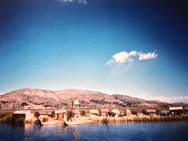 Villaggio Uros sul lago Titicaca