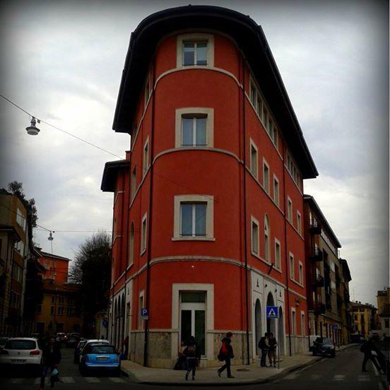 Flatiron Buildings a Verona