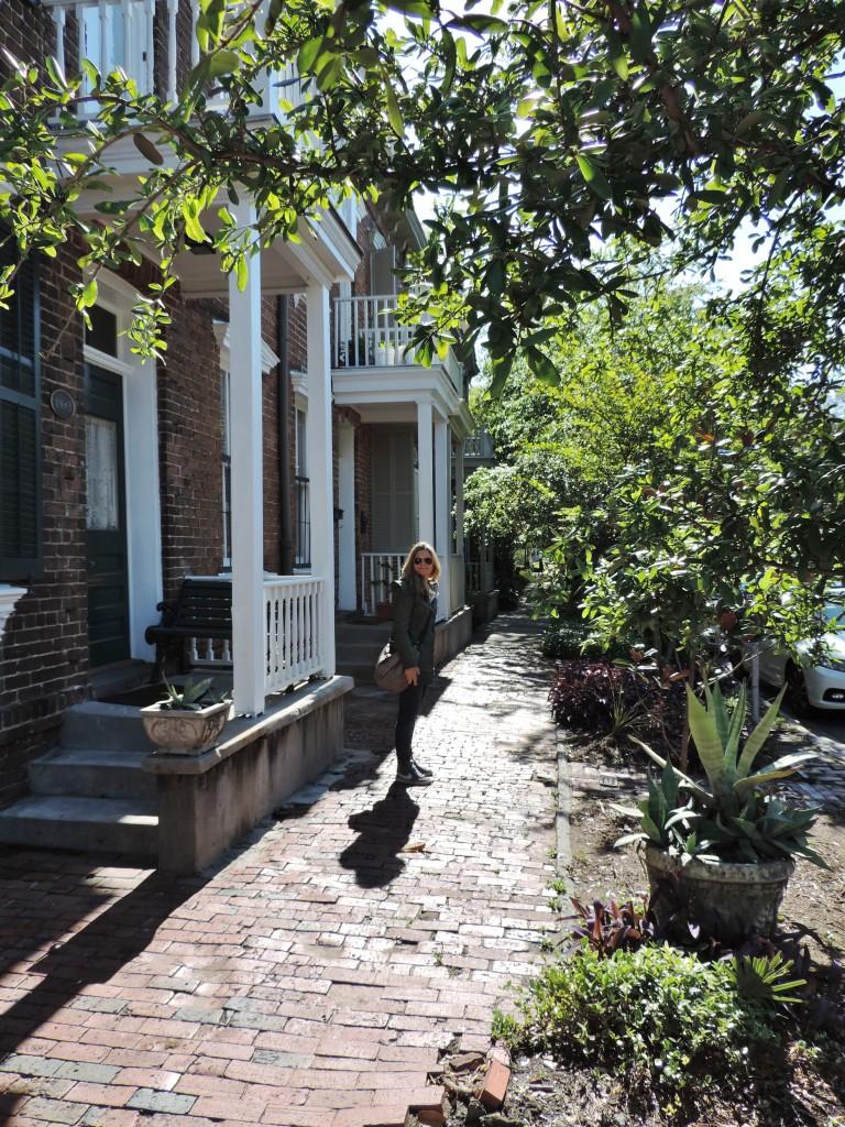 Per le antiche vie acciottolate di Savannah...