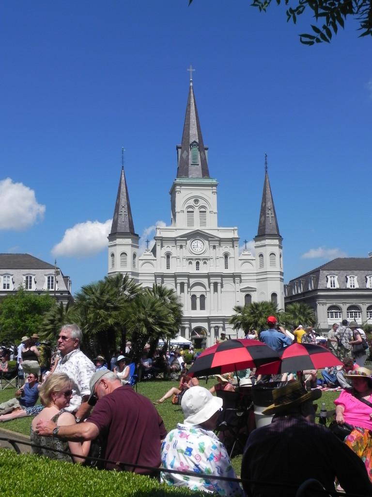La Cattedrale vista da Jackson Square