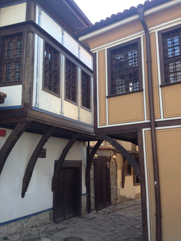 Plovdiv, case simmetriche nella città vecchia