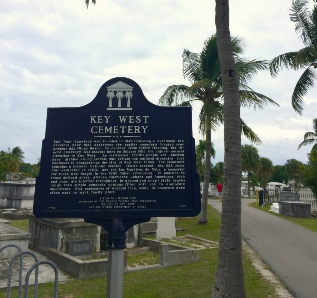 Things to do in Key West: visit the Key West Cemetery