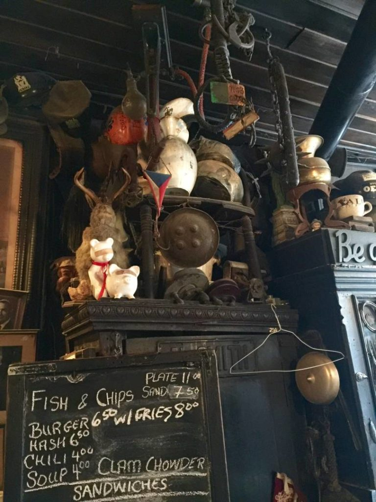"""McSorley's Old Ale House, Lincoln's """"chair"""""""