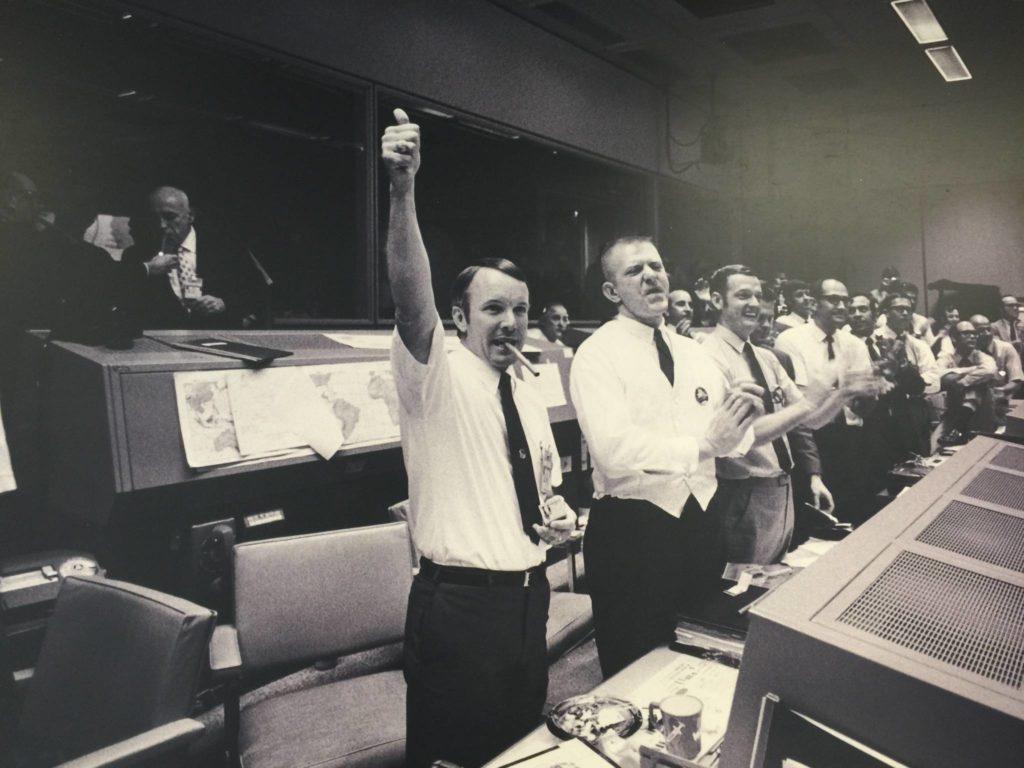 La gioia dopo aver riportato sulla terra l'Apollo 13. Houston Spoace Center photo credits