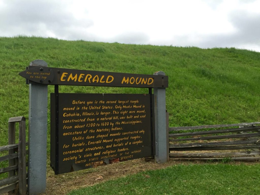 Itineraries in Mississippi, Emerald Mound