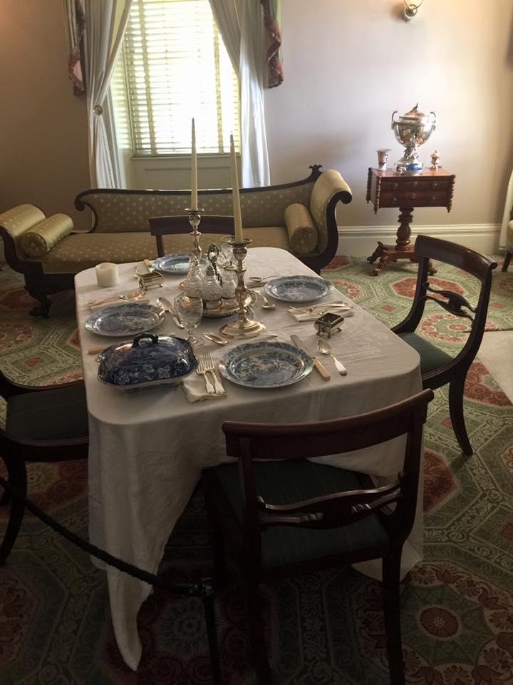 Racconti di viaggio: scoprire il Mount Vernon Hotel, sala da pranzo superiore