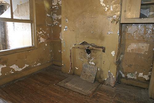 Orchard Street, le condizioni degli appartamenti abbandonati nel 1935 e riaperti nel 1992