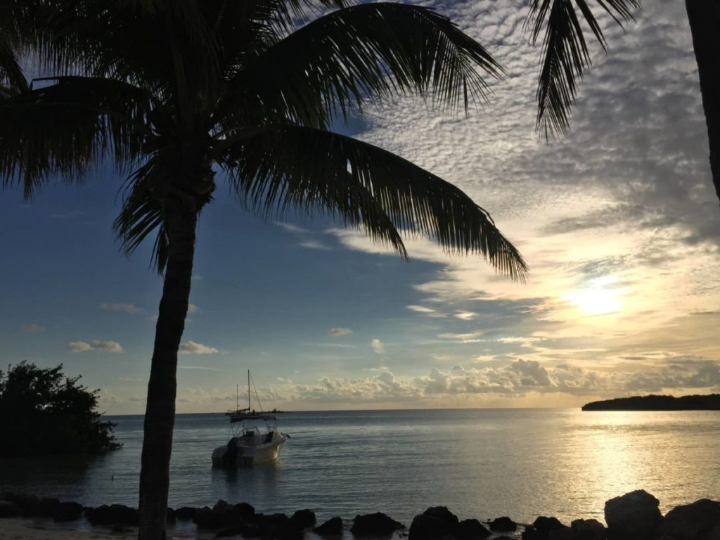 Discover the Florida Keys: sunset at the Sombrero Beach
