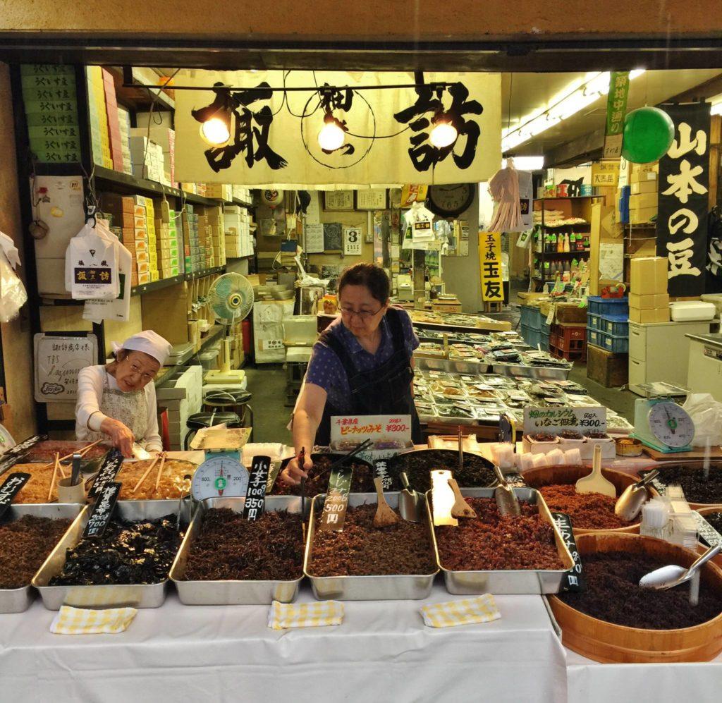 Tokyo, passeggiando nella zona del Tsukiji Market