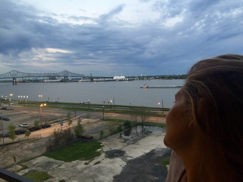 USA on the road: Baton Rouge, sunrise on Mississippi River