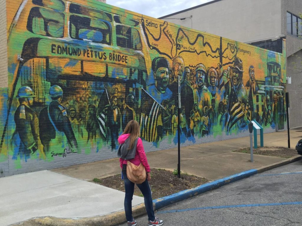 Alabama Civil Rights Trail: murales about Selma March in Montgomery