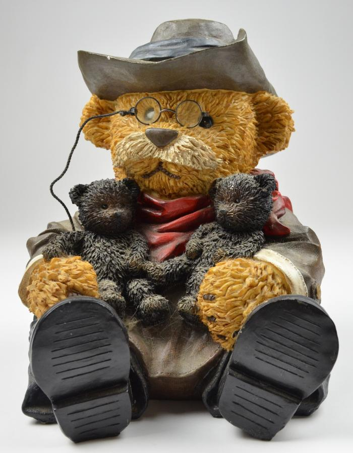 The Teddy Bear inspired to President Roosevelt (ph. credits wonderville.com)