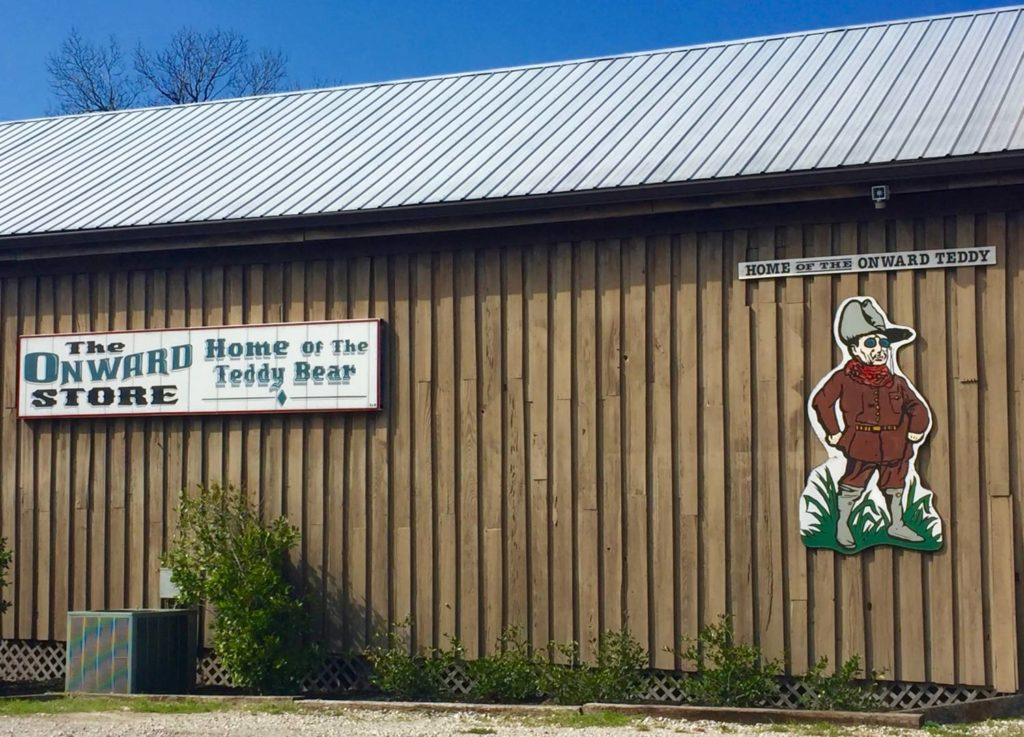 """A journey to Mississippi: The Onward """"Teddy Bear"""" Store"""