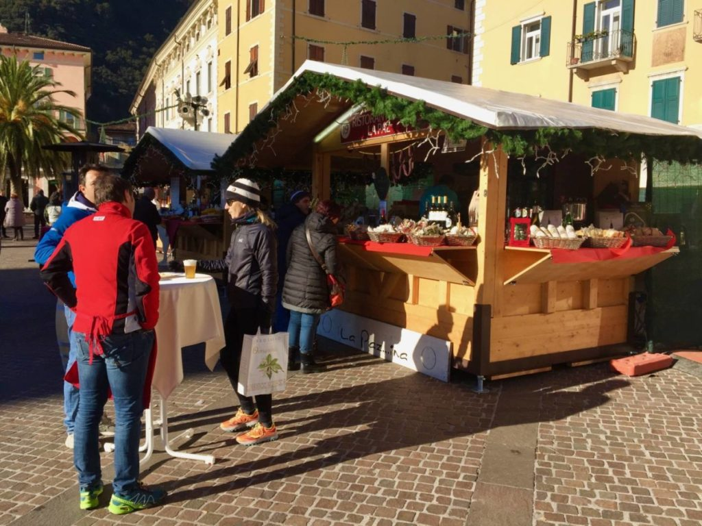 """Weekend nel Garda Trentino: Riva, uno stand """"Di Gusto in Gusto"""""""