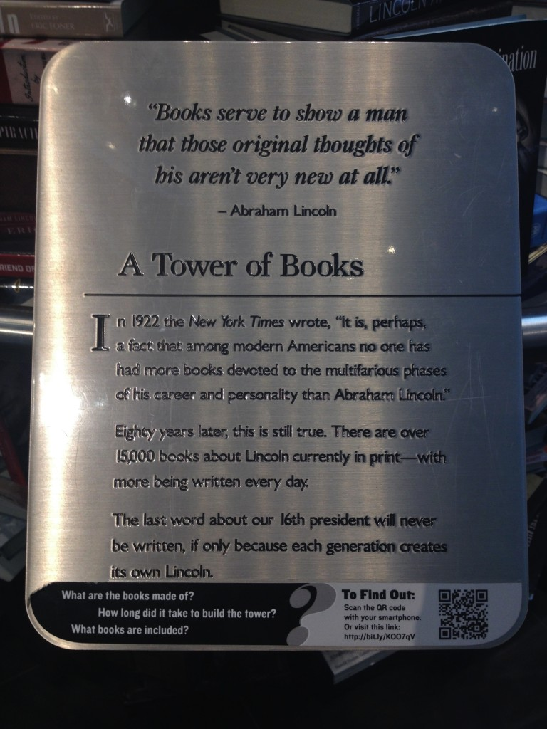 La targa di Tower of Books e la citazione di Lincoln