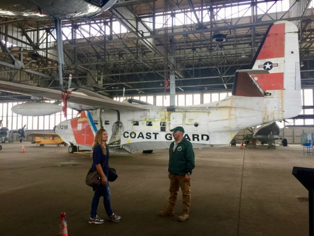 New York insolita: Mario mi guida all'interno dell'Hangar B