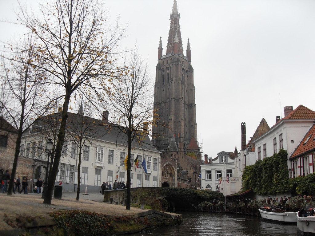 Bruges... giro nei canali!