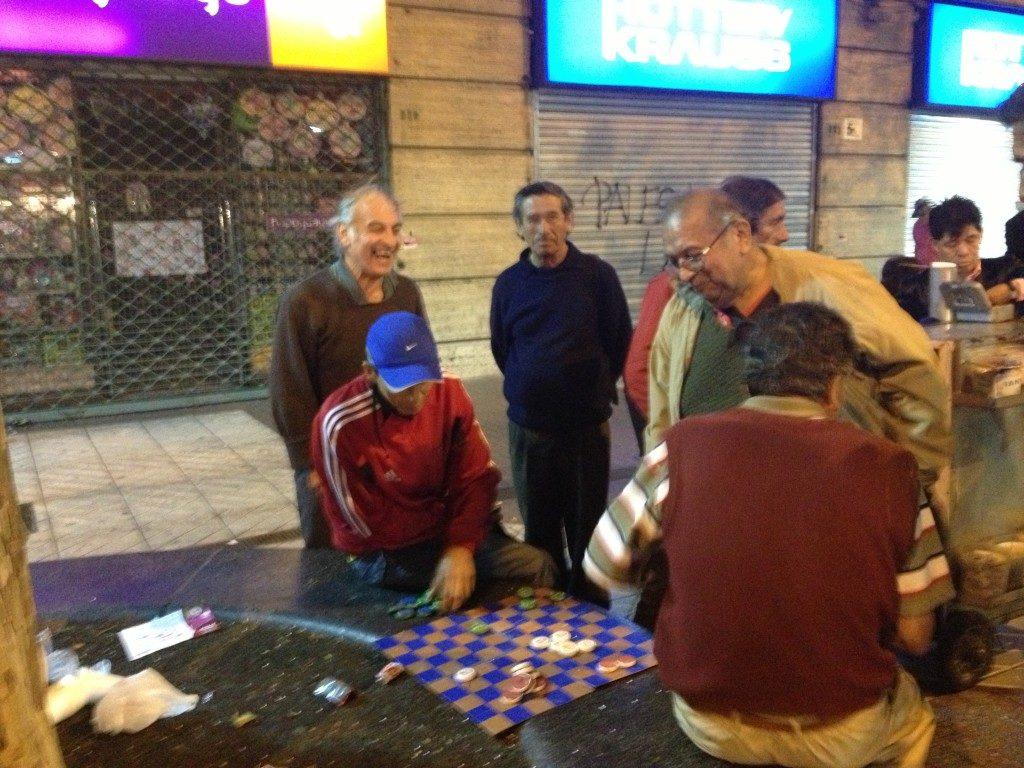 I giocatori di dama... in strada!!
