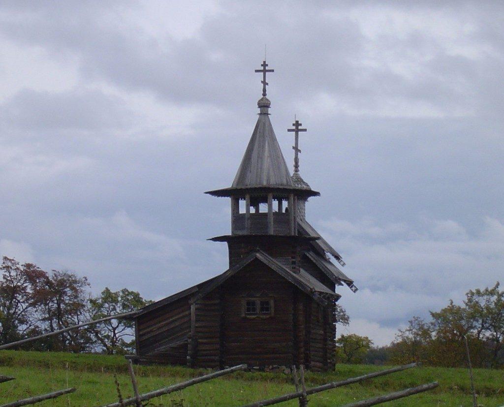 La piccola chiesa dell'isola...