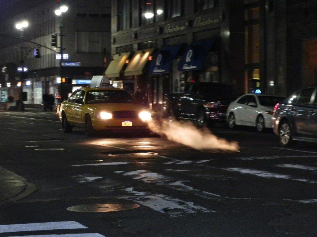 Tombini fumanti, anche questa e' NYC!!!