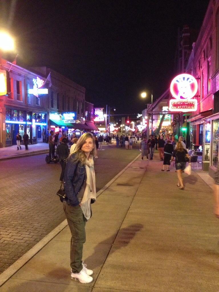 Beale Street in piena attività.