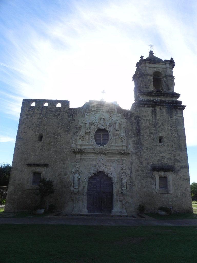 La Chiesa, un bellissimo esempio di coloniale spagnolo.