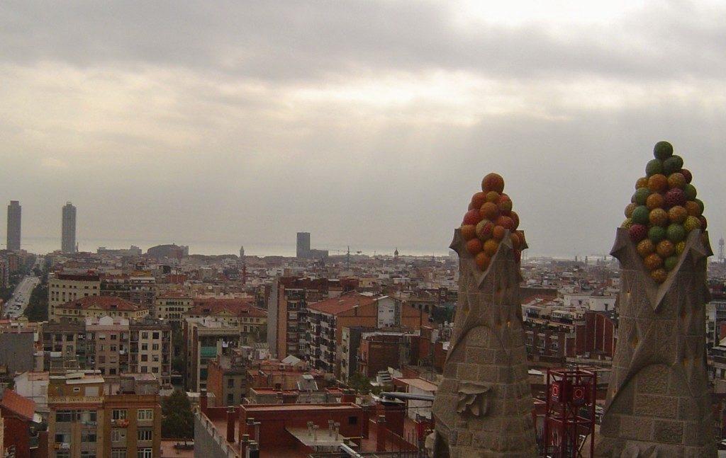 Barcellona vista dalle Torri della Nativita' della Sagrada Familia...