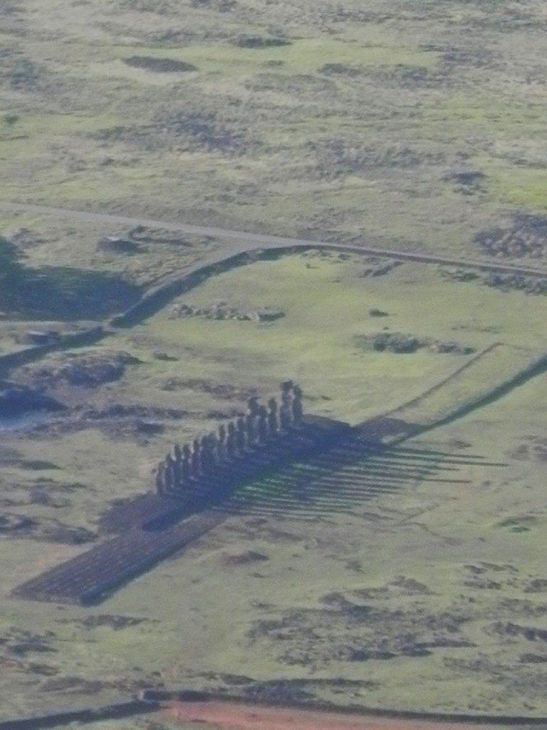 In Partenza dall'Isola di Pasqua, Alba sui Moai...