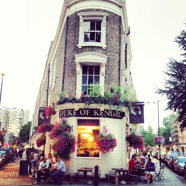 Flatiron building a Puddington, Londra