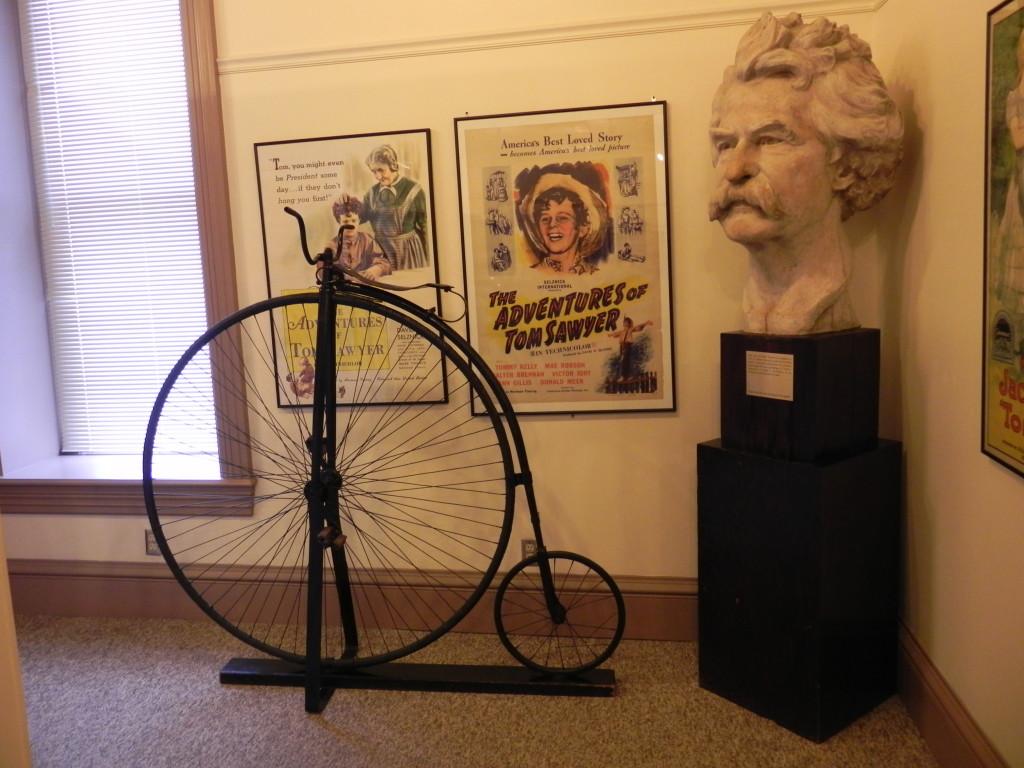 Cimeli di Mark Twain nel Museum Gallery...