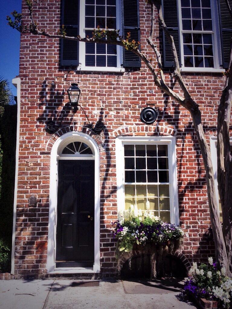 Charleston House Style...