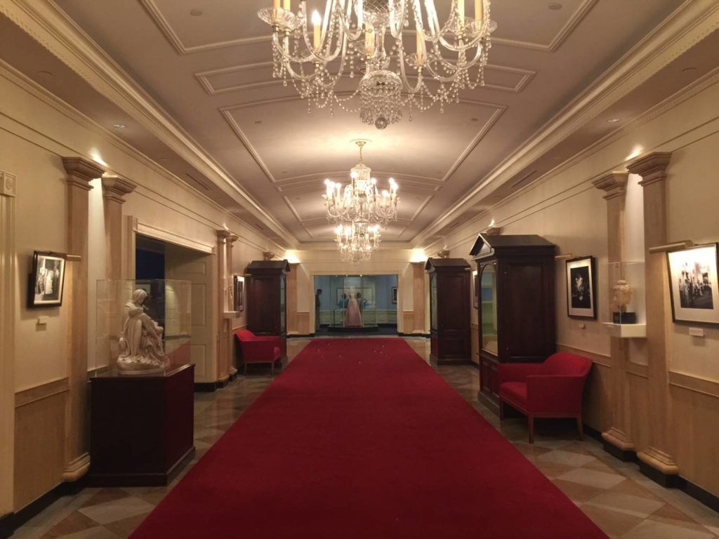 The White House corridor, rebuilt in JFK Library