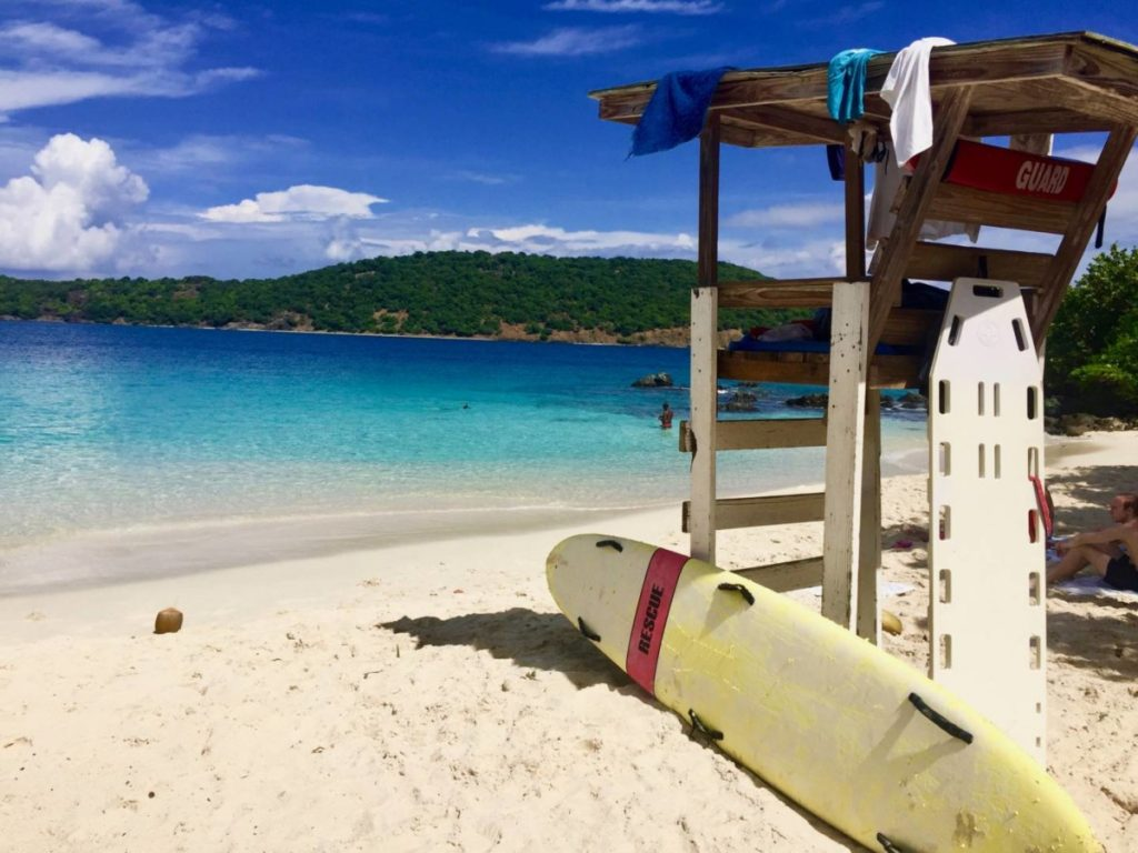 What to see in St. Thomas: Coki Beach