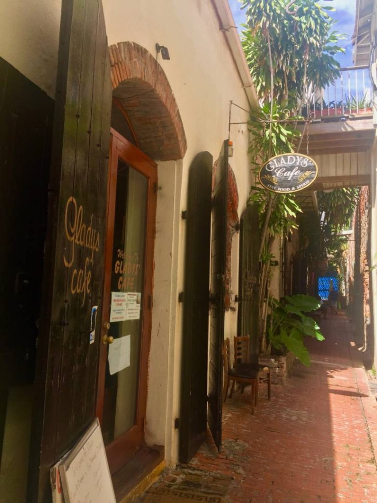 Cosa vedere a St. Thomas: Glady's Cafe
