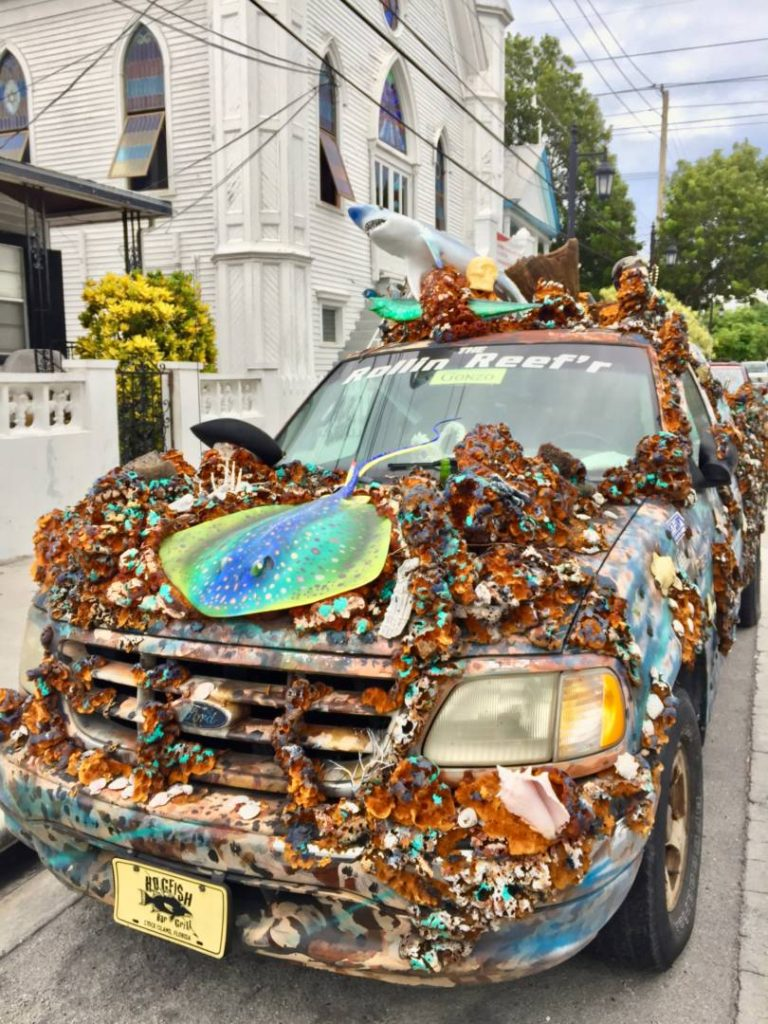 A car in pure Conch style, inspirations from the Ocean Reef