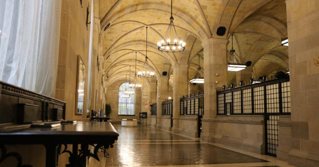 Unusual Things To Do In New York Visit The Federal Reserve Bank
