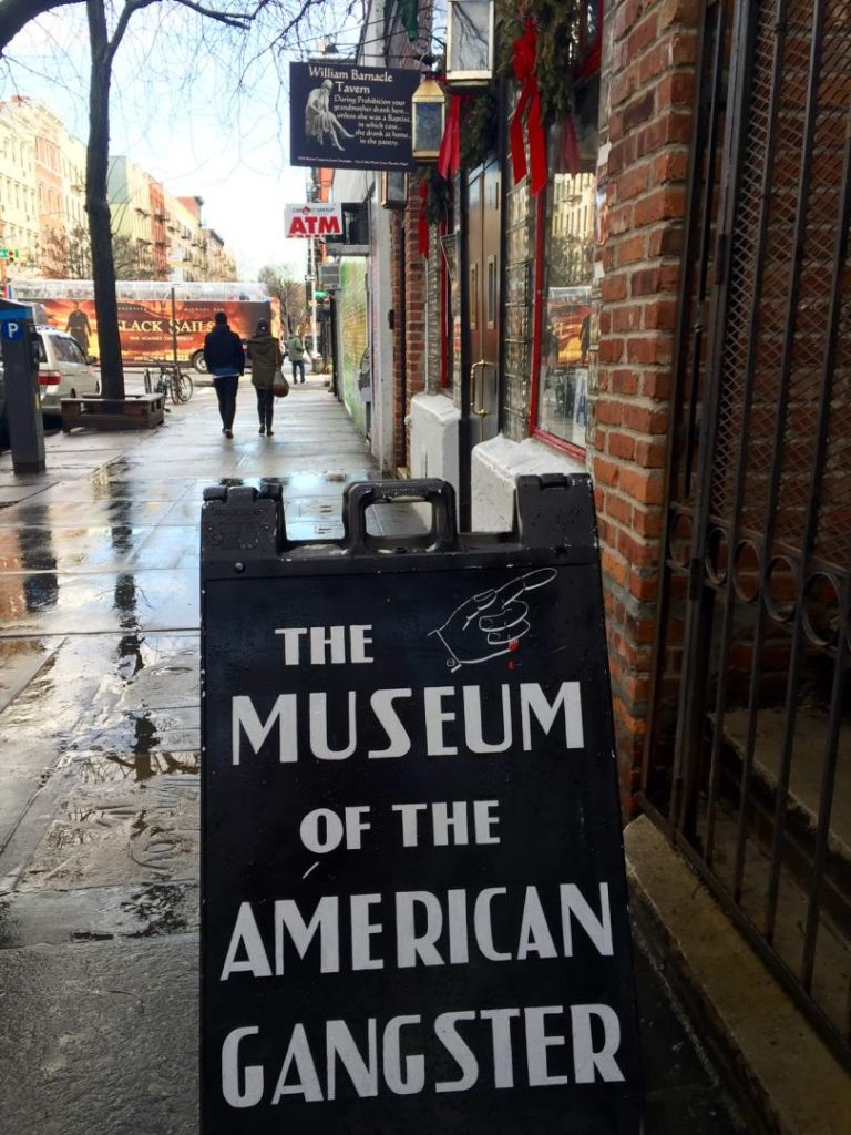 The Museum of the American gangster, the entrance