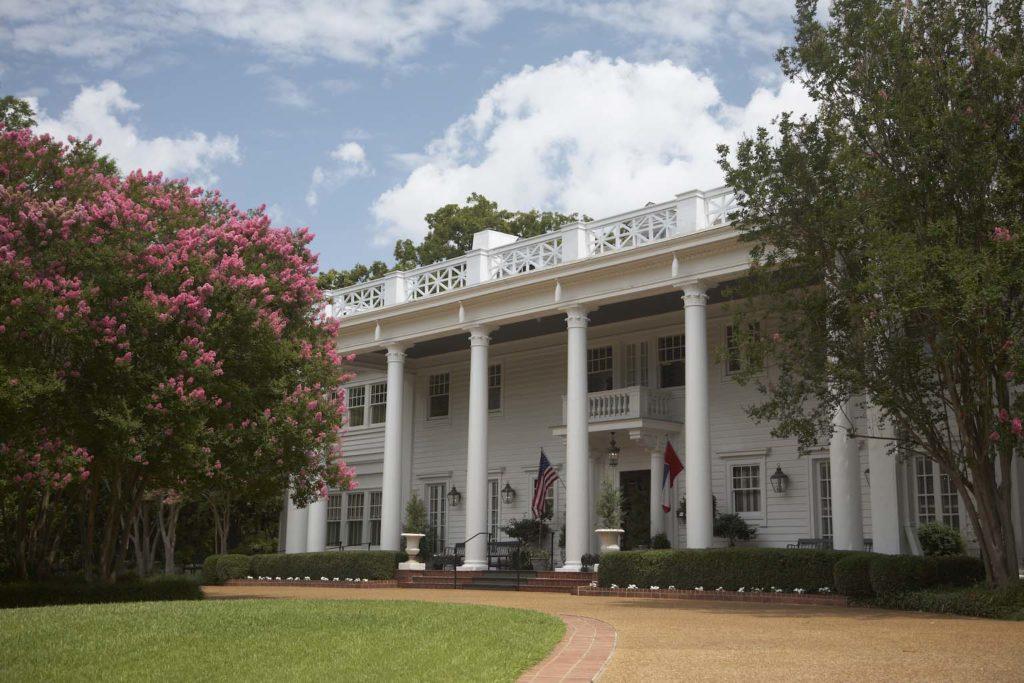 Mississippi on the road: Jackson, the Fairview Inn