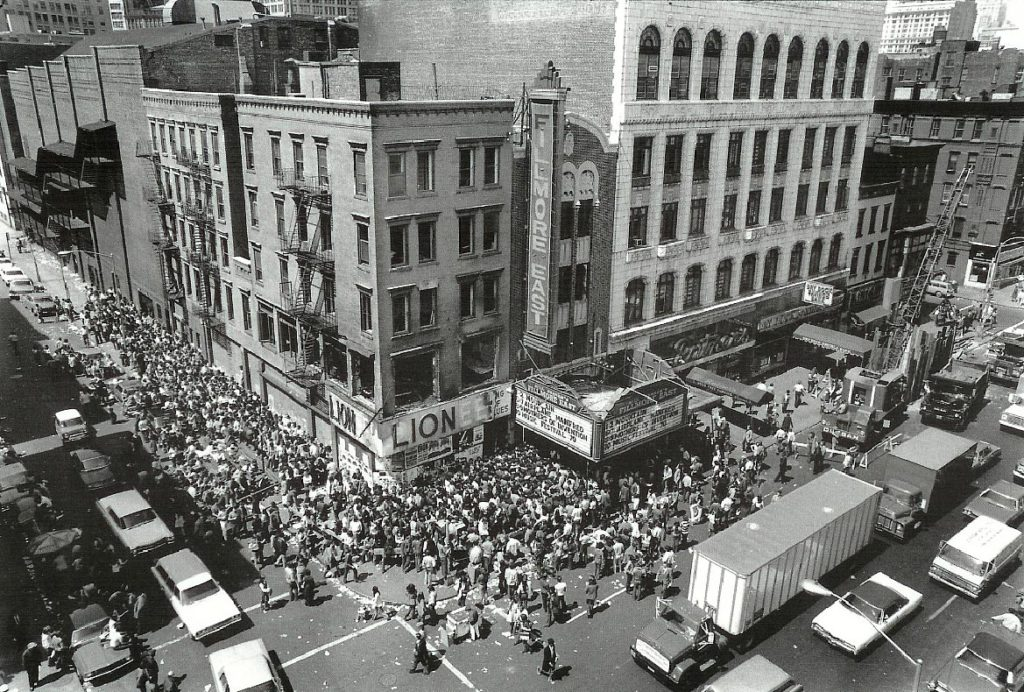 The Fillmore East in the past (Photo credis www.boweryboogie.com)