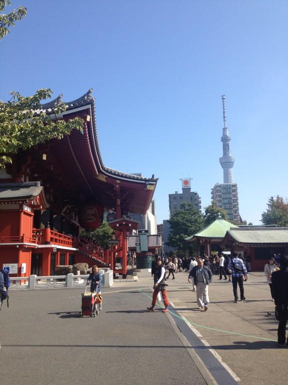 Tokyo, quartiere di Asakusa, tra futuro e tradizione