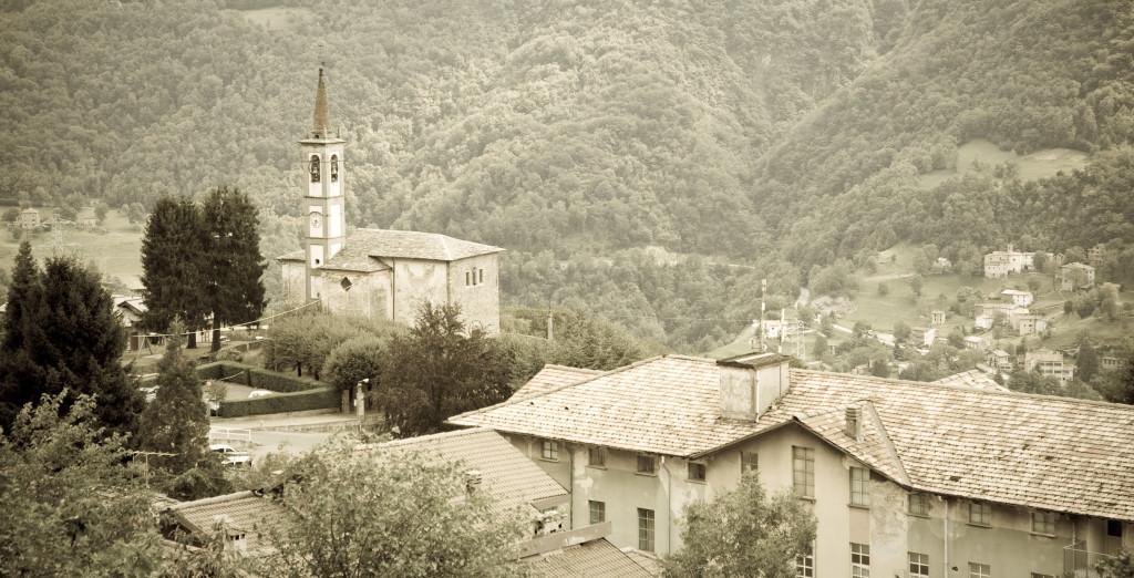 Il Paese di Vendrogno, Valsassina. Shutterstock.com Photo Credits
