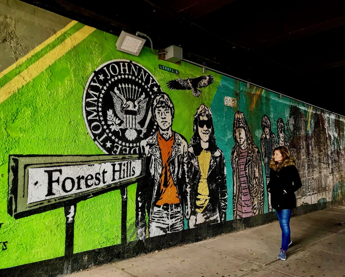 Foto Murales New York.Itineraries In New York Unusual Tour Discovering Forest