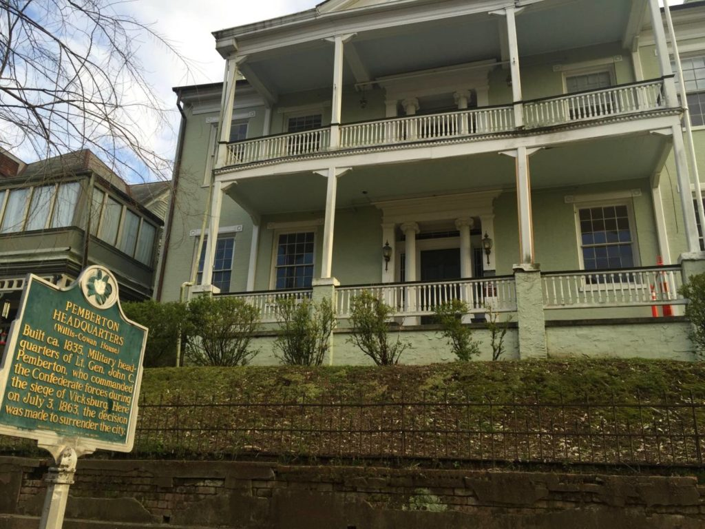 Itineraries in Mississippi: the Willis Cowan House