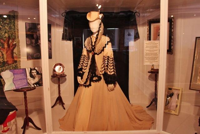 L'abito di Rossella O'hara di ritorno da Charleston