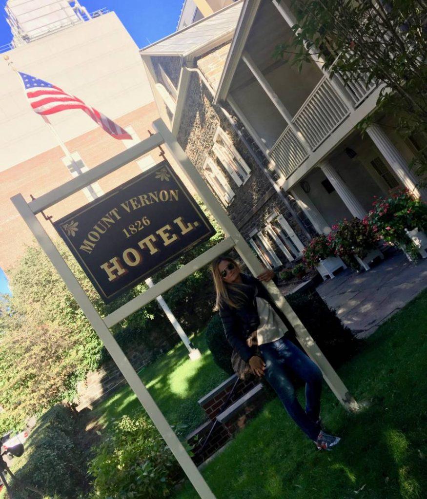 Racconti di viaggio: scoprire il Mount Vernon Hotel Museum & Garden, l'ingresso
